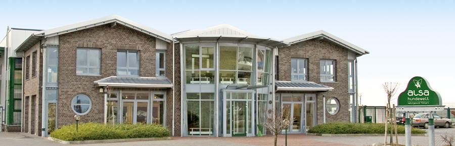 Unternehmensgebäude der alsa-hundewelt GmbH & Co KG. Hochwertiges Hundefutter und Zubehör finden Sie im Onlineshop.